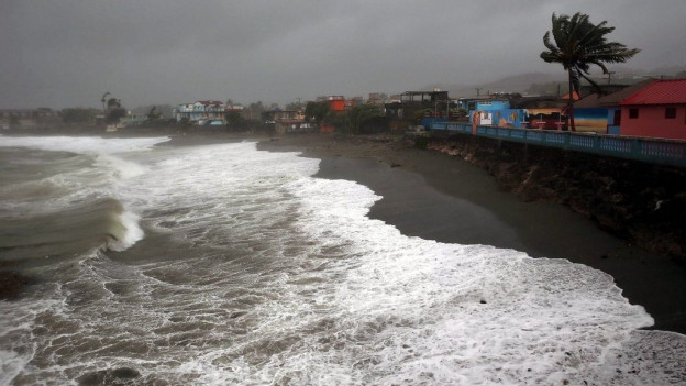 Actualmain procura il hurican en Cuba per devastaziun.
