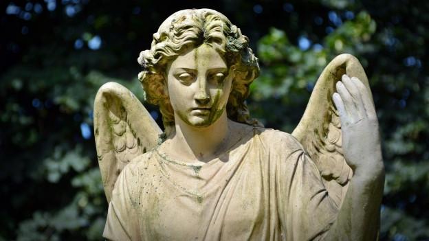 Ina statua d'in anghel