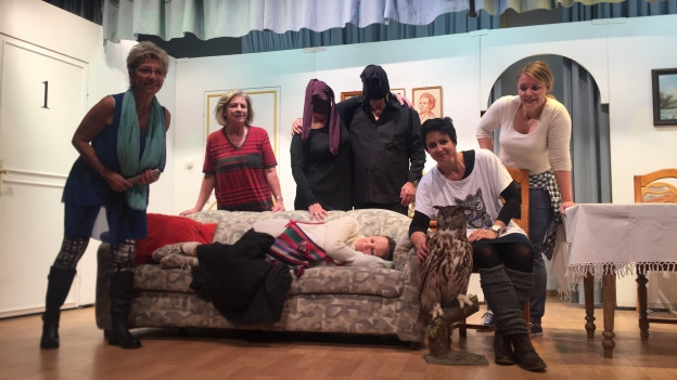La gruppa da teater da Schlarigna vi d'ina davosa prova