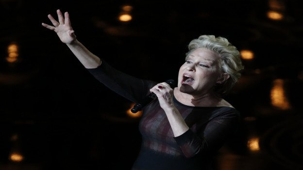 La chantadura Bette Midler.