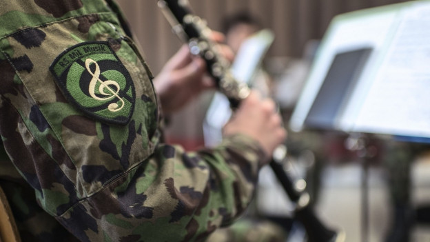In clarinettist da l'Armada svizra.