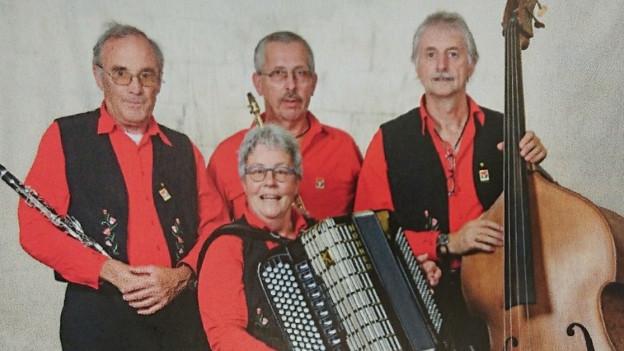 Ils musicists da la chappella Junaiver.