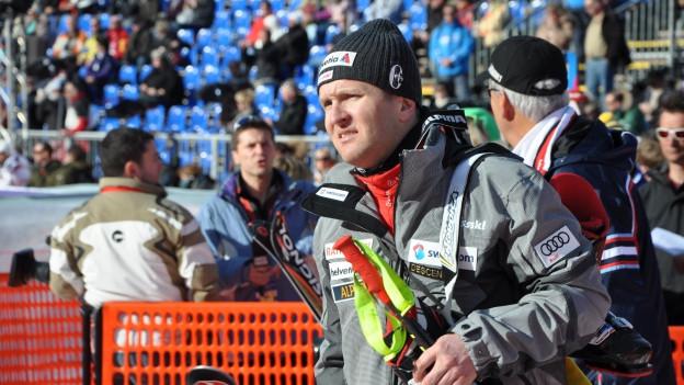 Ambrosi Hoffmann cu el mava anc cun skis.