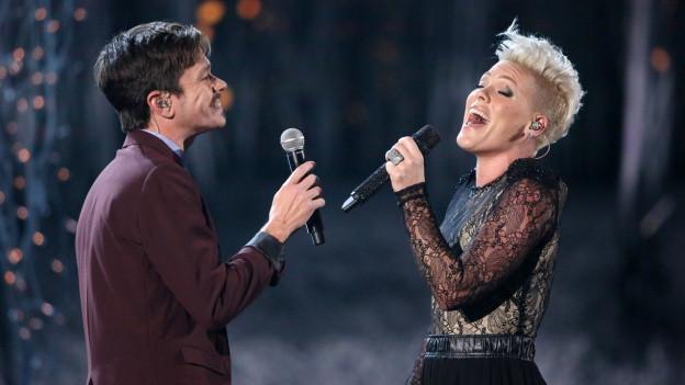 Pink e Nate Ruess chantan ensemen