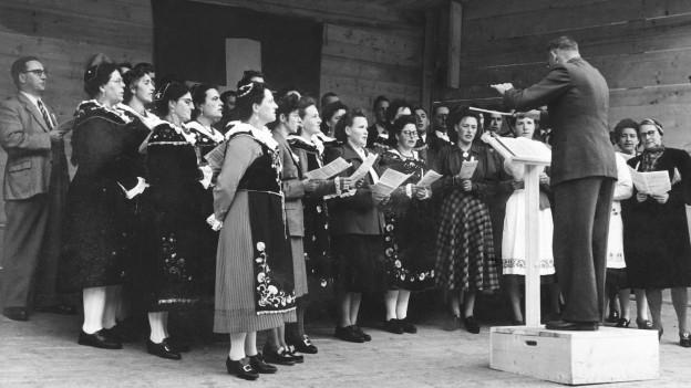 Cor masdà Scuol, Ardez 1946, dirigent: Hermann Steiner