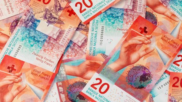 Tschintg checks da segirtad per la nova nota da 20 francs.