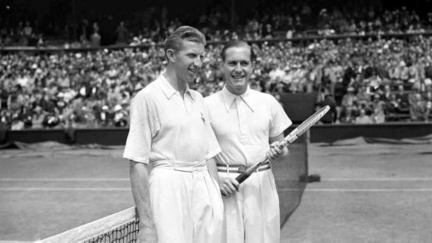 Ils giugaders dal final da Wimbledon 1937 – Donald Budge dils Stadis Unids ed il tudestg Gottfried von Cramm.