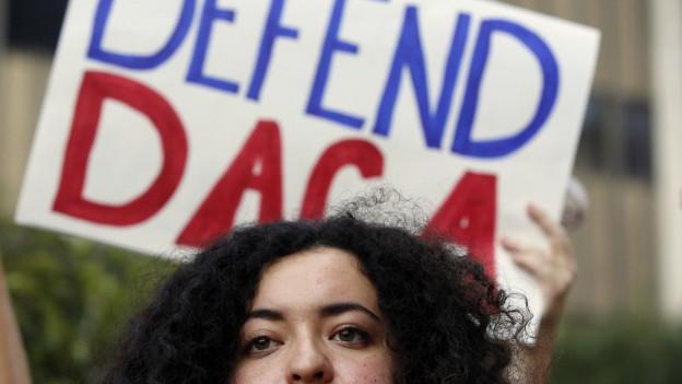 Protest cunter la decisiun da Trump da sistir «Dreamer Act».