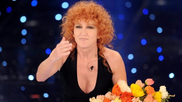 Fiorella Mannoia cun in matg Flurs al Sanremo.