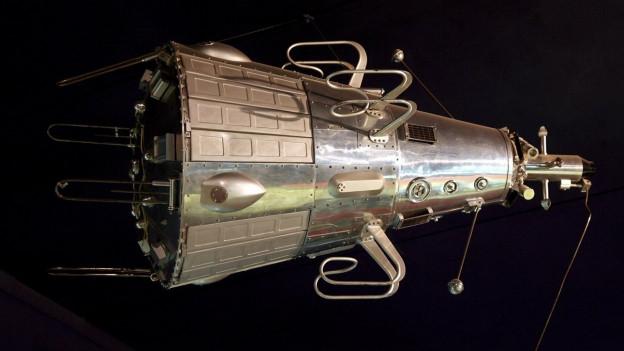 Sputnik-2 ha transportà la chogna Laika en il spazi