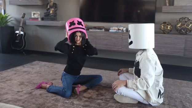 Selena Gomez ensemen cun il DJ Marshmello