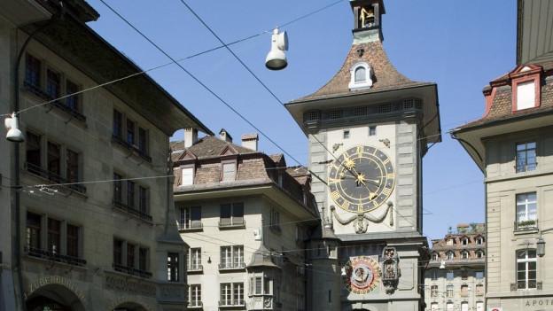 La tur «Zytglogge» da Berna.