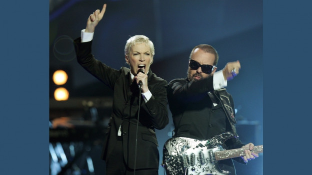 Eurythmics durant in concert