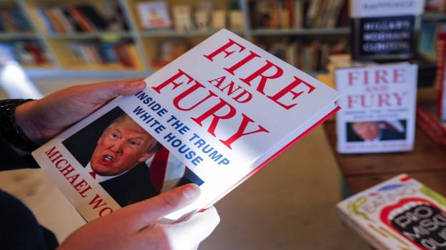 «Fire and Fury»: Il cudesch che vul dar in'invista en la lavur da Donald Trump.