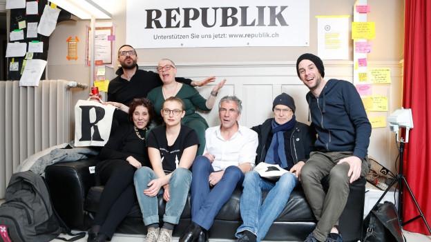 «Republik» il nov magazin online è lantschà