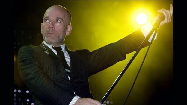 Michael Stipe da la gruppa R.E.M.