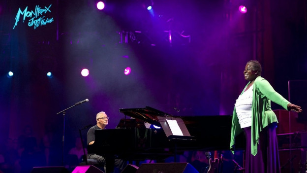 cun Joe Sample al piano e la chantadura Randy Crawford
