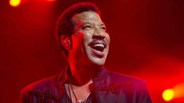 Lionel Richie durant in concert