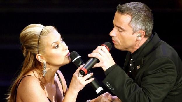 Eros Ramazzotti ed Anastacia tar in concert.