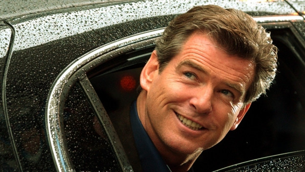 Pierce Brosnan il 2002 durant far promoziun per ses davos film da James Bond «Die another Day ».