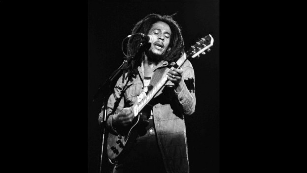Bob Marley durant in concert