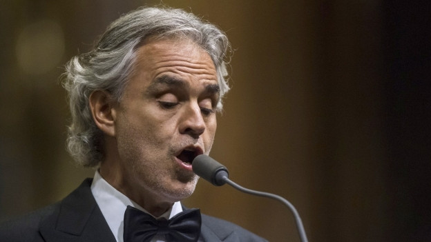 Andrea Bocelli durant in concert