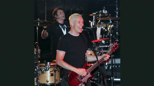 Farin Urlaub da la gruppa Die Ärzte durant in concert