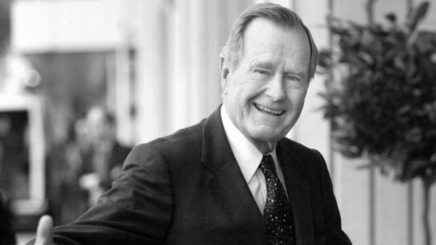 George H. W. Bush ha vivì per la politica dals Stadis Unids