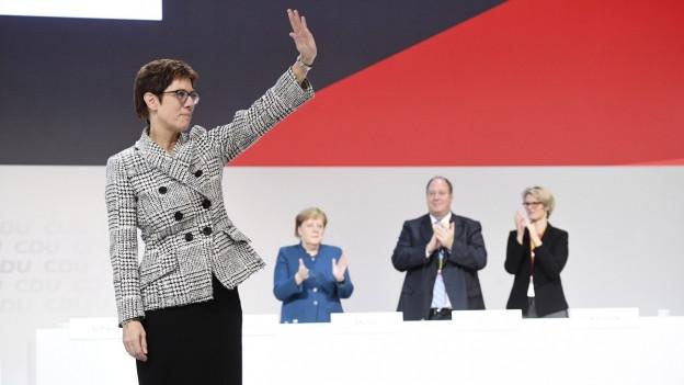 La nova presidenta da la CDU Annegret Kramp-Karrenbauer