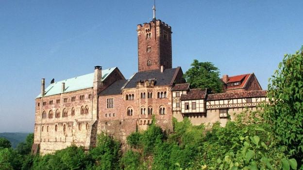 La fortezza Eisenach a Thüringen è stà il da chasa da Elisabeth, princessa da l'Ungaria