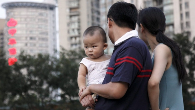 c naschientscha en China e las famiglias restan pitschnas