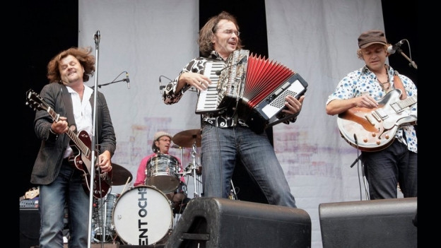 Patent Ochsner durant in concert l'onn 2009