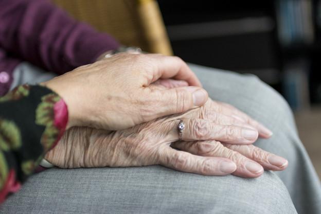 1,9 milliuns parents tgiran confamigliars en Svizra