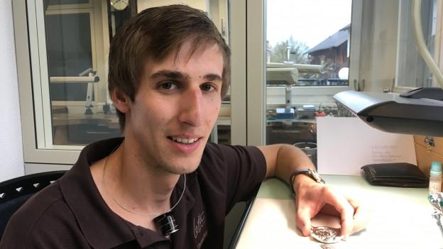 Mario Scarpatetti, 28 onns, da Parsonz.