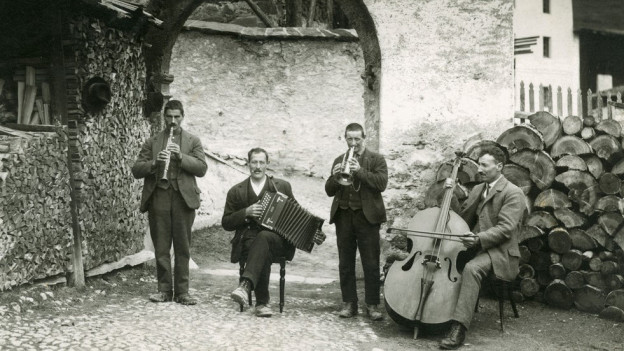 Ina chapella da musica populara a Ramosch