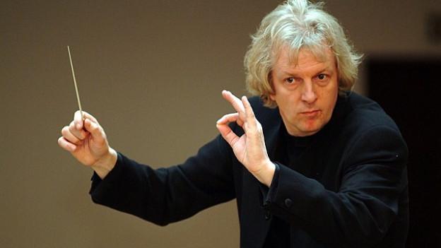Il cumponist e dirigent beltg Jan Van der Roost