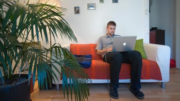 Zuhause arbeiten kann produktiv und ablenkend sein.