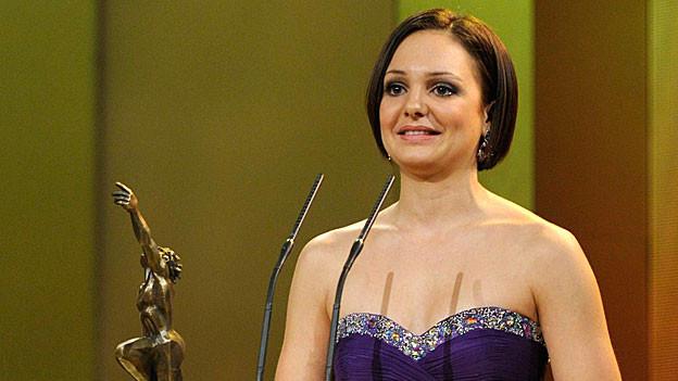Eiskunstlaeuferin Sarah Meier gewinnt den Credit Suisse Sports Award als Sportlerin des Jahres, Dezember 2011.