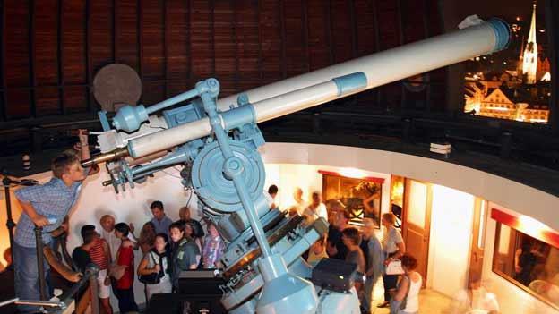 Wird ein spezielles astronomisches Ereignis angekündigt, ist der Ansturm auf die Sternwarten jeweils gross - für Hobby-Astronomen lohnt es sich.