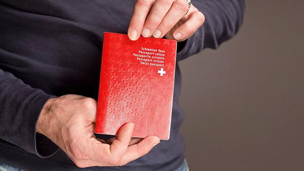 Wird der Schweizer Pass zu leichtfertig vergeben?