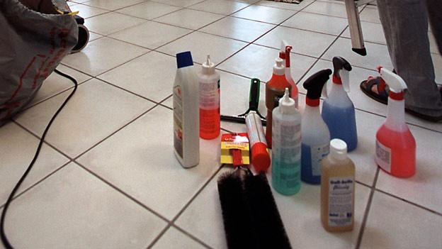 Mit verschiedenen Putzmitteln kann nicht sauberer geputzt werden.