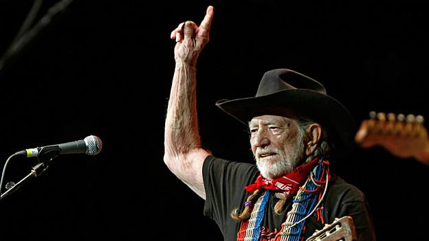 80 Jahre alt und noch immer auf der Bühne: Willie Nelson bei einem Konzert im Frank Erwin Center in Texas, Austin (2011).