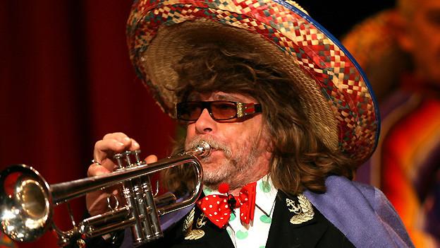 Bekannt für seine «Nonsens-Lieder»: Helge Schneider 2007 bei einem Auftritt bei der Verleihung des Deutschen Comedy Preises.