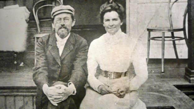 Anton Tschechow und Olga Knipper im Mai 1901.