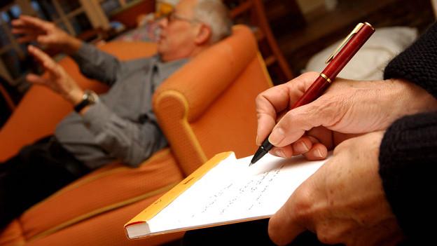 Manche Psychologen bieten «Schnupper-Stunden», um herauszufinden, ob die Chemie zwischen Patient und Therapeut stimmt.