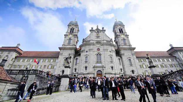 Das Kloster Einsiedeln bietet Männern Übernachtungen an.