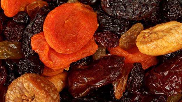 Hat andere Qualitäten als frisches Obst: Dörrobst.