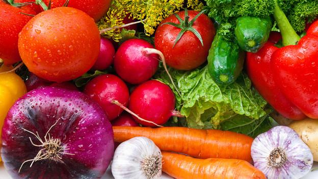 Alles so schön bunt hier! Im farbigen Gemüse steckt mehr Kraft als man denkt.