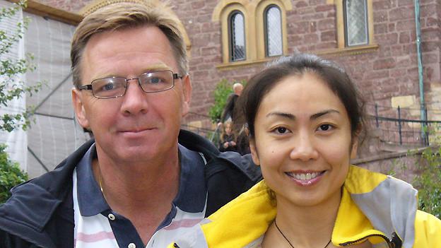 Denis Schmid und seine chinesische Ehefrau Chen Yuan.