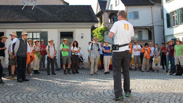 Besammlung vor dem Abmarsch in Weinfelden.